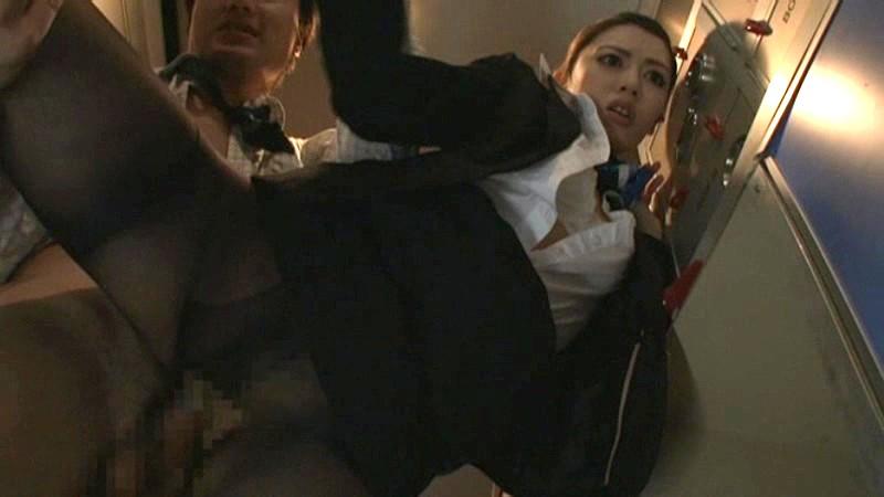 【コスプレ動画】美人S級スレンダーでHな美脚の女性の、コスプレプレイがエロい!!スラっとしてて美しい…!