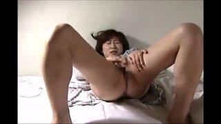 【妄想】スレンダーな熟女の、レイプ無理矢理sex無料H動画!【熟女動画】