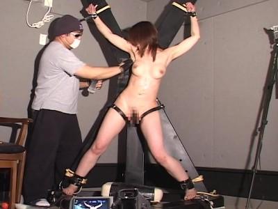 巨乳のギャルお姉さんの、調教くすぐり拷問無料H動画。【ギャル、お姉さん動画】