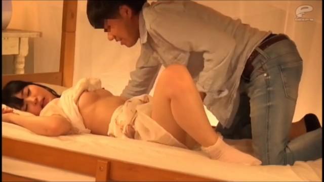 【モニタリング動画】美乳の女性の、浮気セックス中出しプレイがエロい!