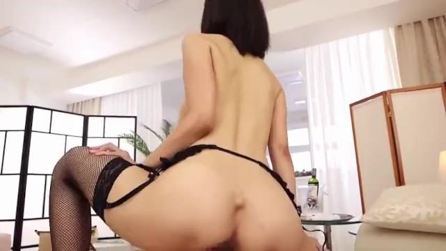 【風俗】スレンダーな巨乳でパイパンの、松下紗栄子の騎乗位セックス中出し無料エロ動画。【パイズリ動画】