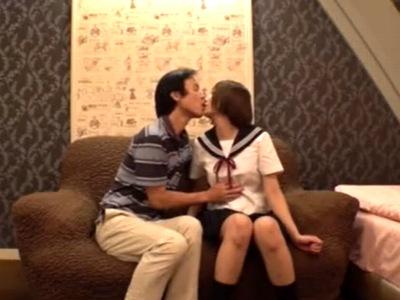 ラブホにて、デカパイの女子校生JKの、ハメ撮り無料エロ動画!【女子校生、JK動画】