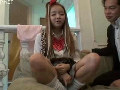 貧乳でロリのJC素人の、口内射精無料動画!【JC、素人動画】