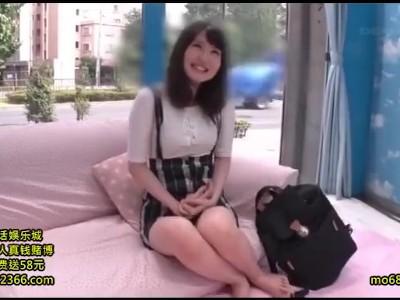 【童貞】マジックミラー号にて、スケベな巨乳の素人美女の、中出し無料H動画。【素人、美女、女子大生動画】