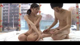 露天風呂にて、爆乳の女子大生素人の、素股過激無料エロ動画。【女子大生、素人動画】