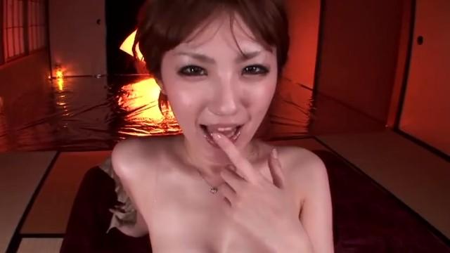 スレンダーな美尻の美少女、天海つばさのフェラごっくんセックス無料H動画!【天海つばさ動画】