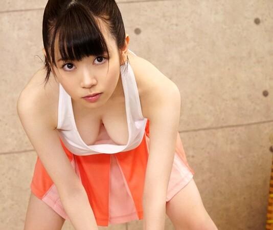 【乳首】制服姿のJK女子校生、水卜さくらのセックスパイズリ即ハメ無料エロ動画。【水卜さくら動画】