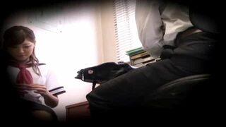 制服姿の女子校生JKの、中出しバックレイプエロ動画。【無理矢理、フェラ、万引き動画】