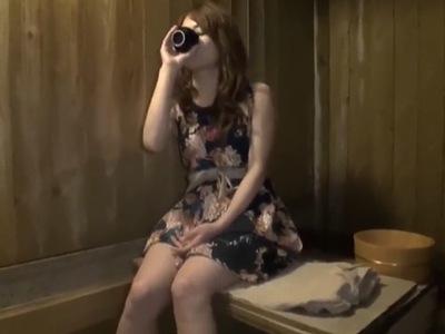 【変態】セレブビッチな素人の、首絞め無料エロ動画!【素人動画】