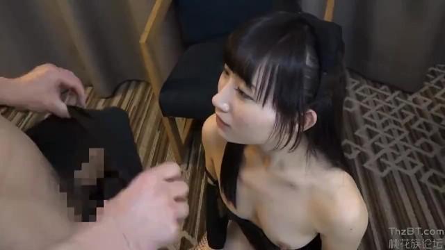 スレンダー色白な巨乳でロリで美乳のお嬢様素人の、コスプレ顔射無料エロ動画!【お嬢様、素人動画】