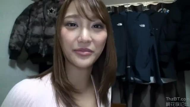 スレンダー長身スケベな制服姿の素人美少女の、中出しフェラセックス無料動画!【素人、美少女動画】