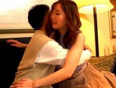 【童貞】美人な素人の、筆おろしラブラブsex無料エロ動画!【素人動画】