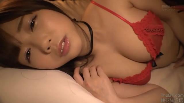 【羽咲みはる マッサージ】スレンダーセクシーなエロい巨乳の美女アイドルの、羽咲みはるのマッサージローションイメージプレイがエロい!!