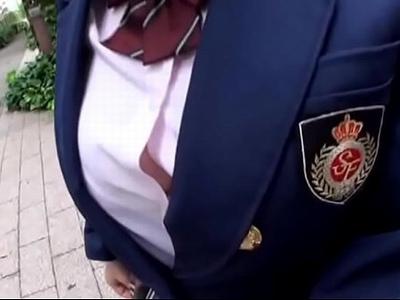 巨乳でロリで制服姿のJK女子校生の、種付け無料エロ動画。【JK、女子校生動画】