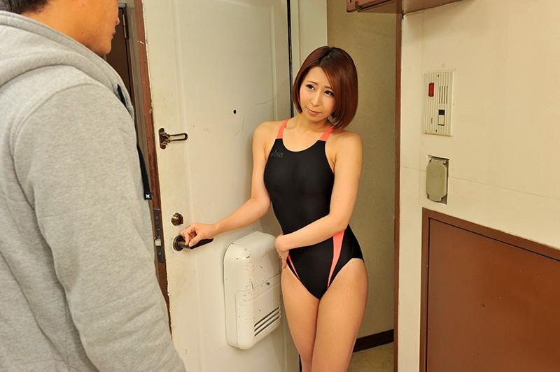 【彩奈リナ浮気】巨乳で巨尻で水着姿の人妻奥様、彩奈リナの浮気プレイ動画!!