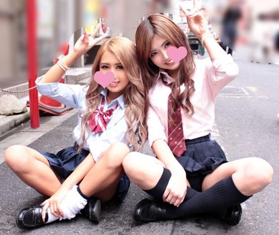 【おっぱい】激カワでエロい巨乳の痴女ギャルの、3Pフェラセックスプレイがエロい!可愛らしすぎる!