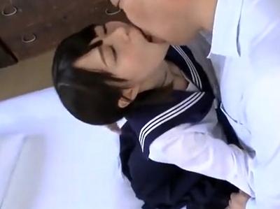淫乱なJK女子校生の、顔射無料エロ動画。【JK、女子校生動画】