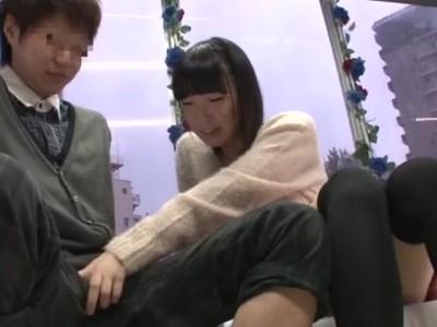マジックミラー号にて、ぽっちゃりで巨乳の素人女子大生の、フェラ無料H動画!【素人、女子大生動画】