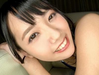 卑猥な美少女の、バック無料エロ動画!【美少女動画】