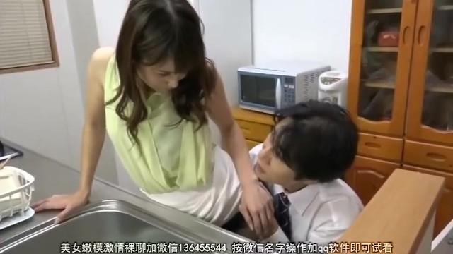 巨乳の人妻の、寝取られ不倫クンニ無料H動画!【人妻動画】