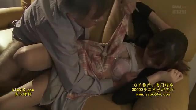 美人スレンダーなパンスト姿の人妻の、不倫手コキ無料H動画!【人妻動画】