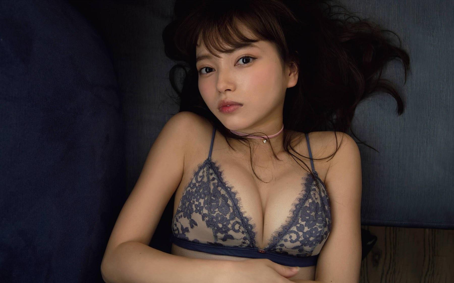 Provocative Lingerie Sayaka Komuro005