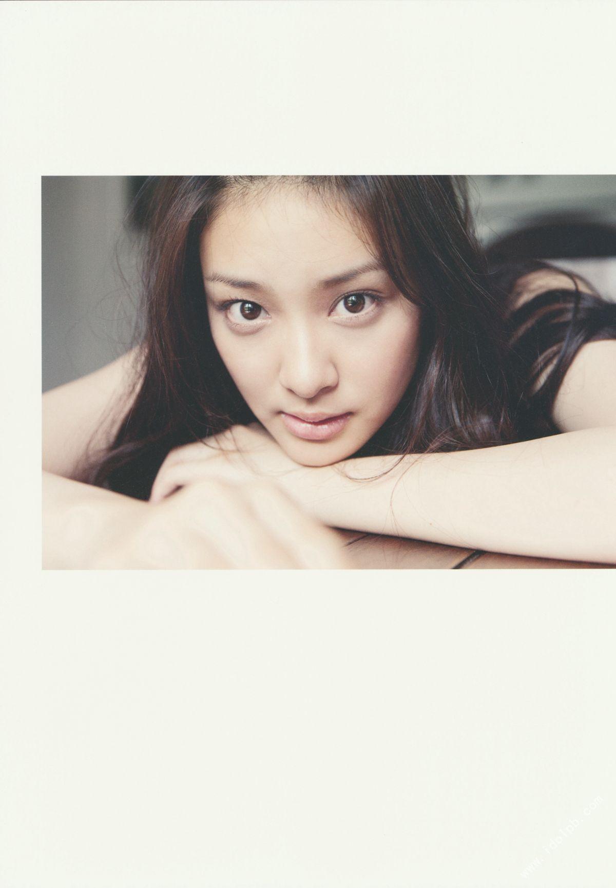 EMI TAKEI 2010042