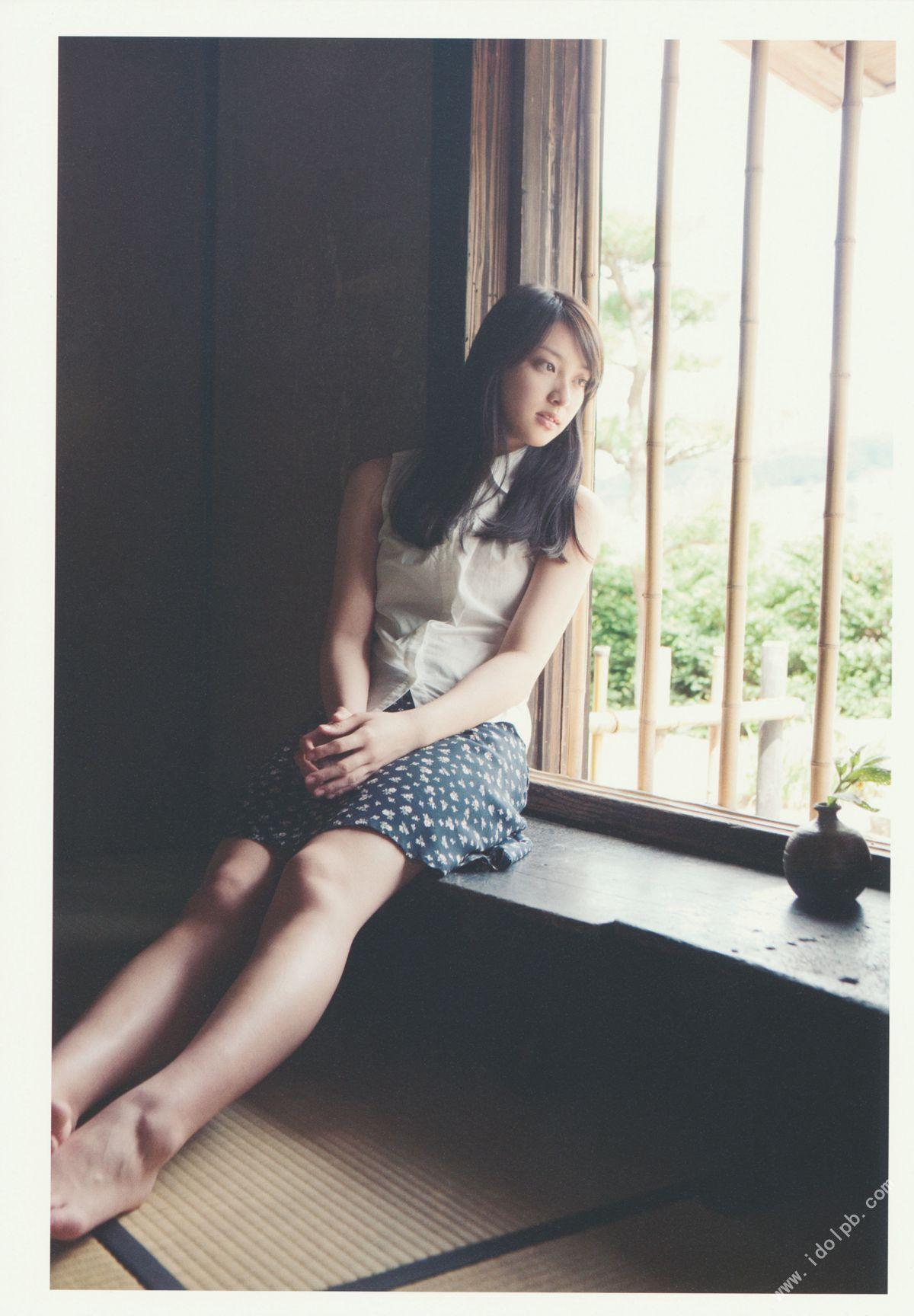 EMI TAKEI 2010052