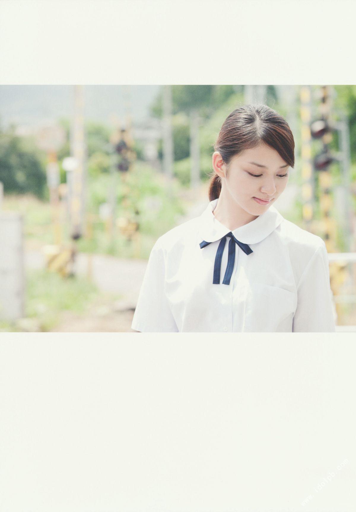 EMI TAKEI 2010062