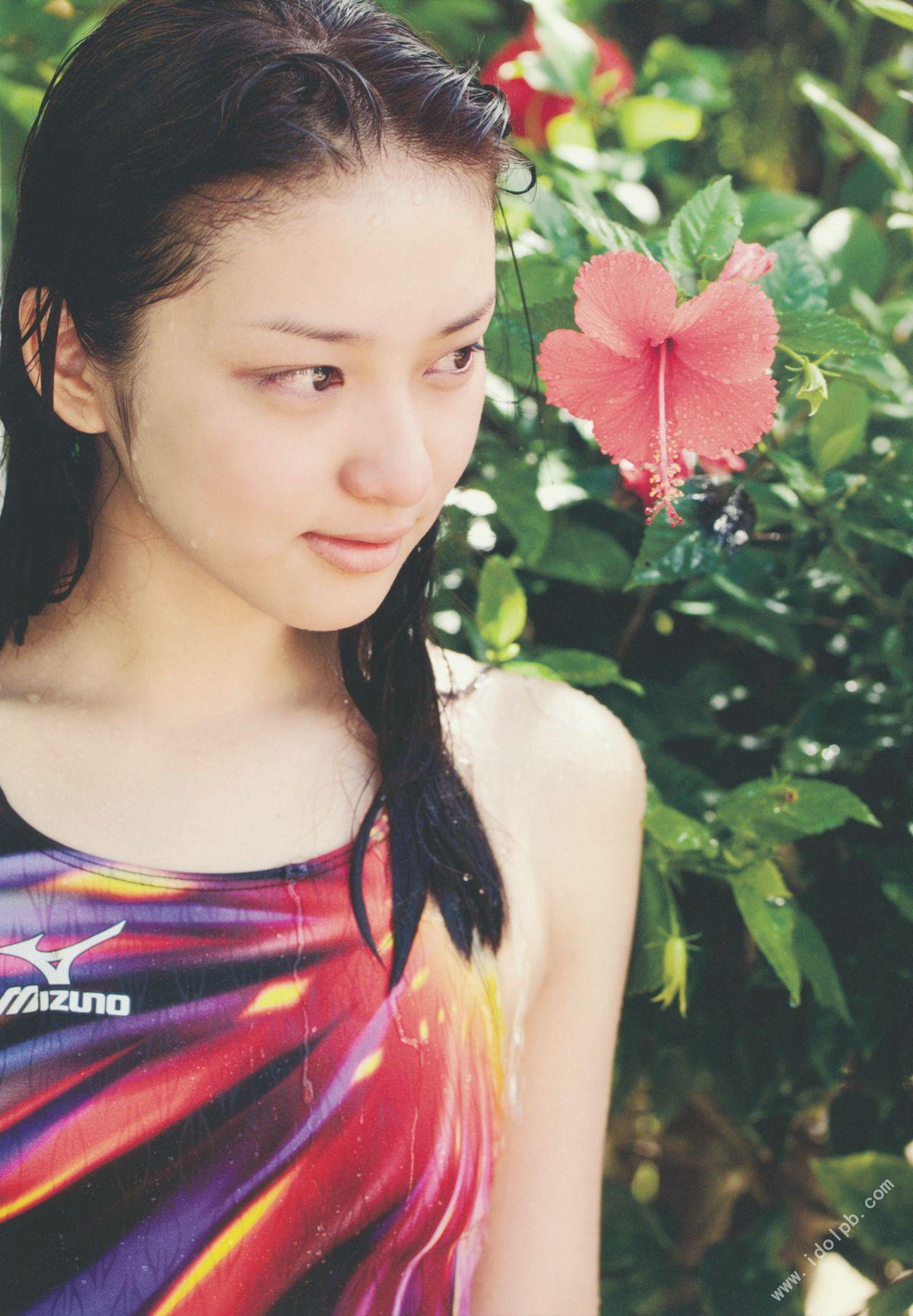 EMI TAKEI 2010083