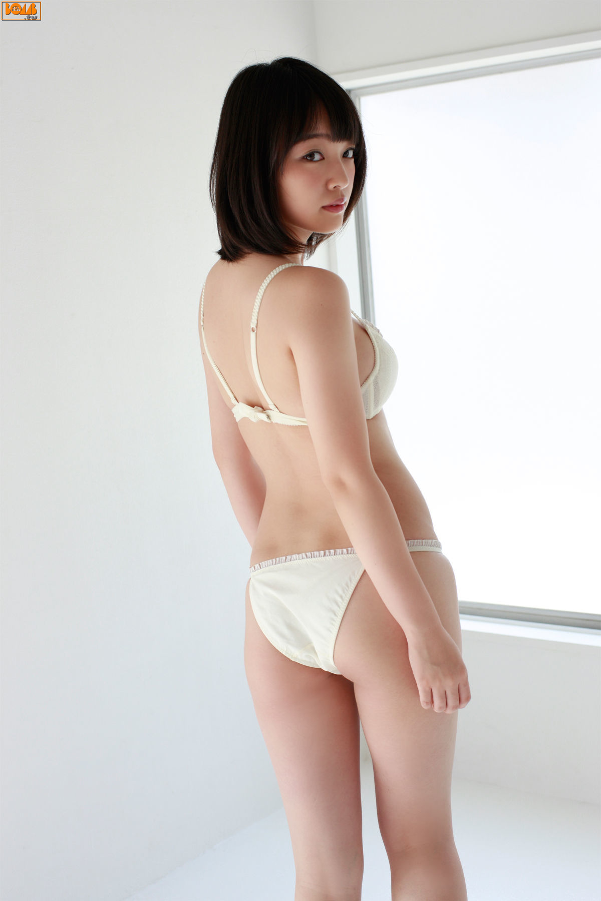 The ultimate swimsuit gravure for the next generation014
