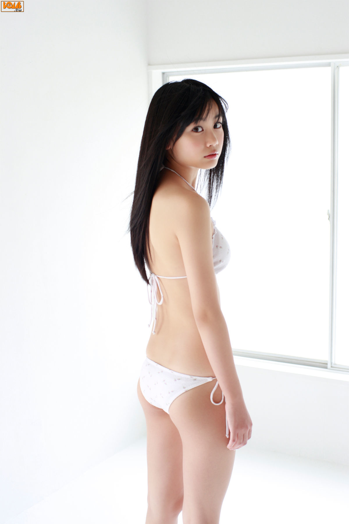 The ultimate swimsuit gravure for the next generation022