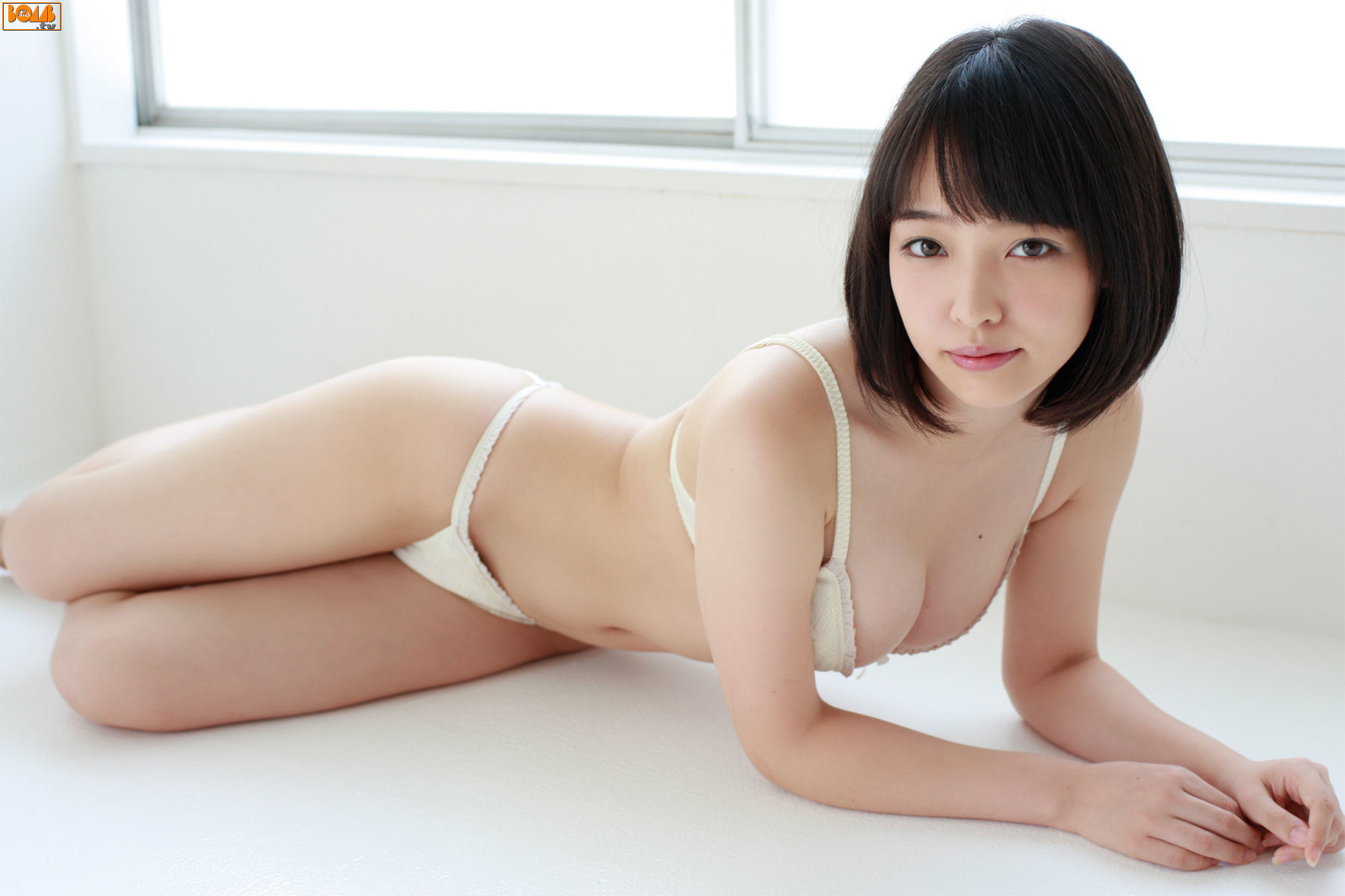 The ultimate swimsuit gravure for the next generation030