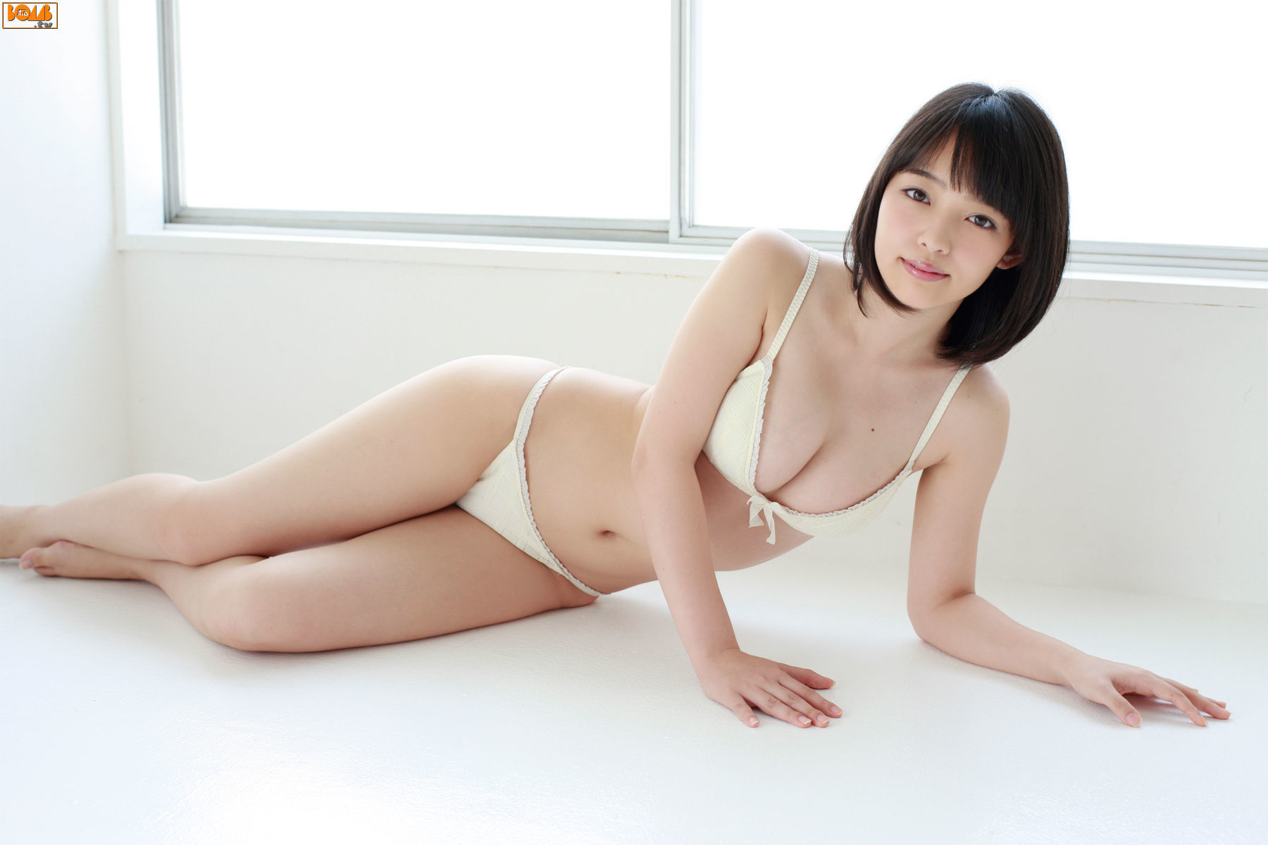 The ultimate swimsuit gravure for the next generation039