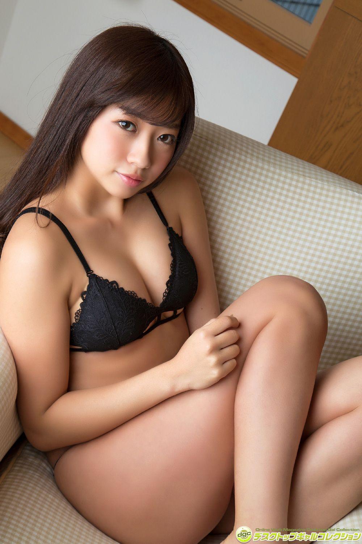 Ayaka Onuki, a beautiful girl with a sexy waist060