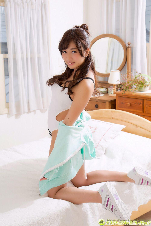 Ayaka Onuki, a beautiful girl with a sexy waist063