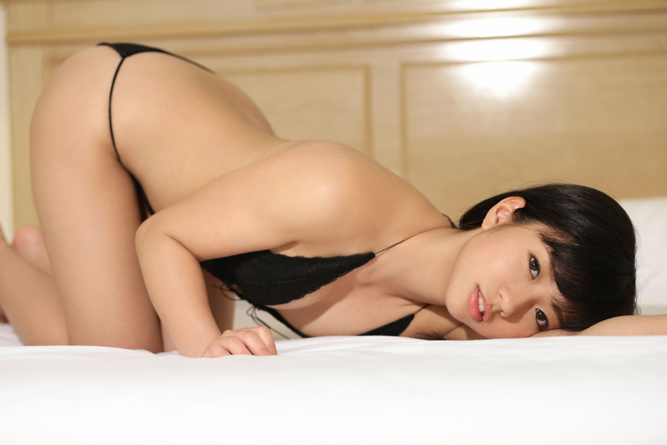 Ayaka Onuki an active female college student with a wonderful body style and fine skin075