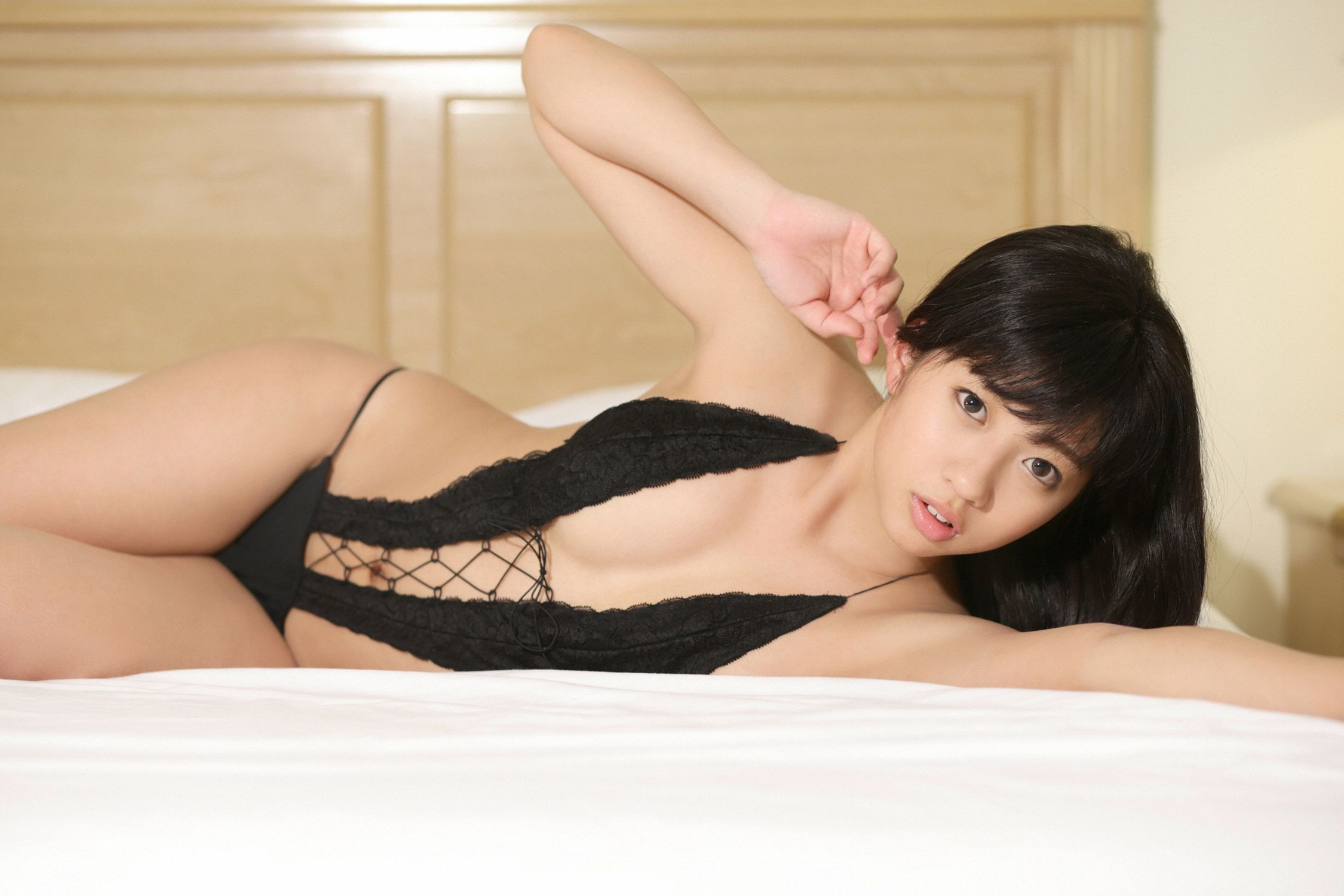 Ayaka Onuki an active female college student with a wonderful body style and fine skin076