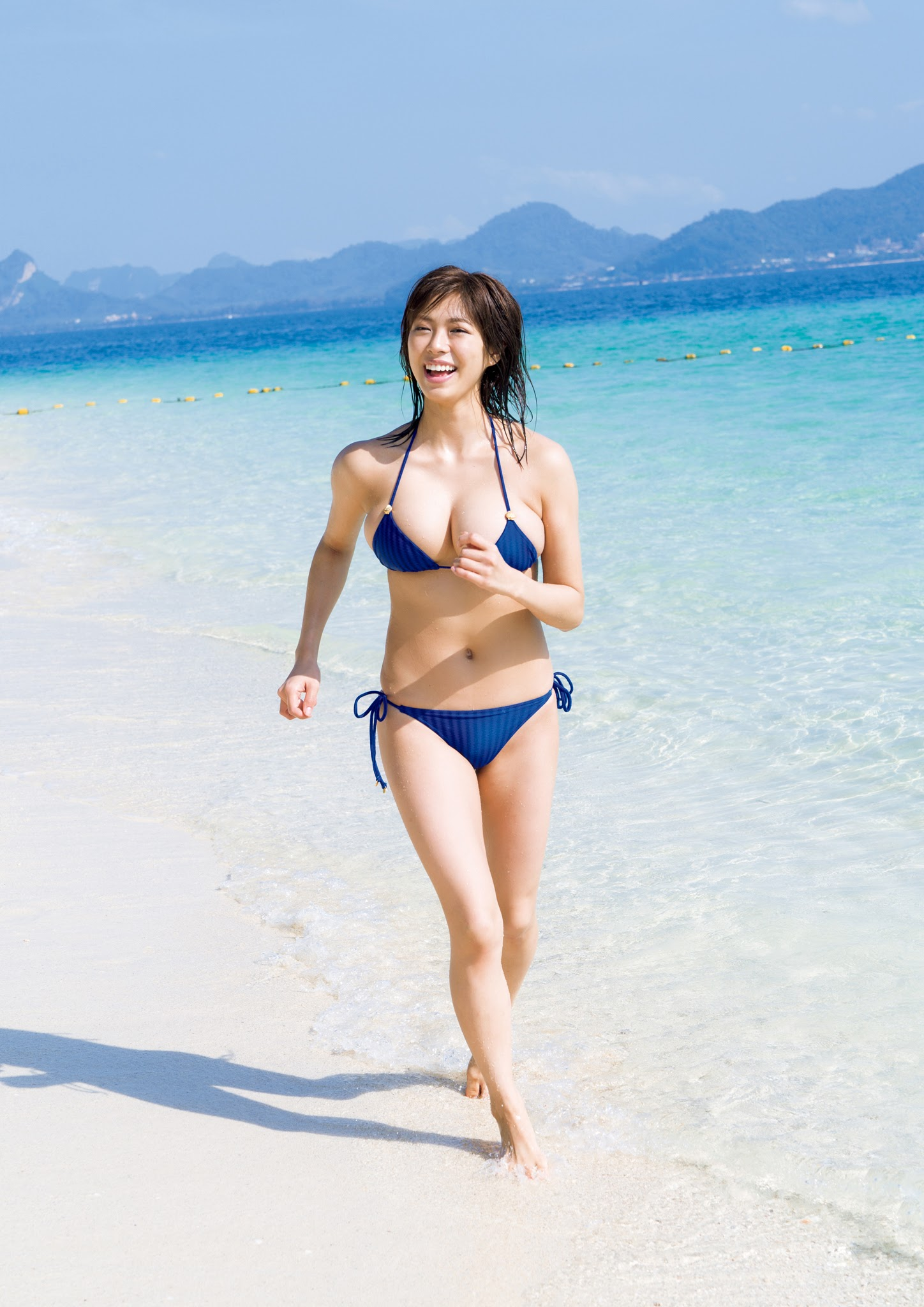 Super body of H cup Minami Wachi 2020 that exposes body and mind in tropical Thailand013