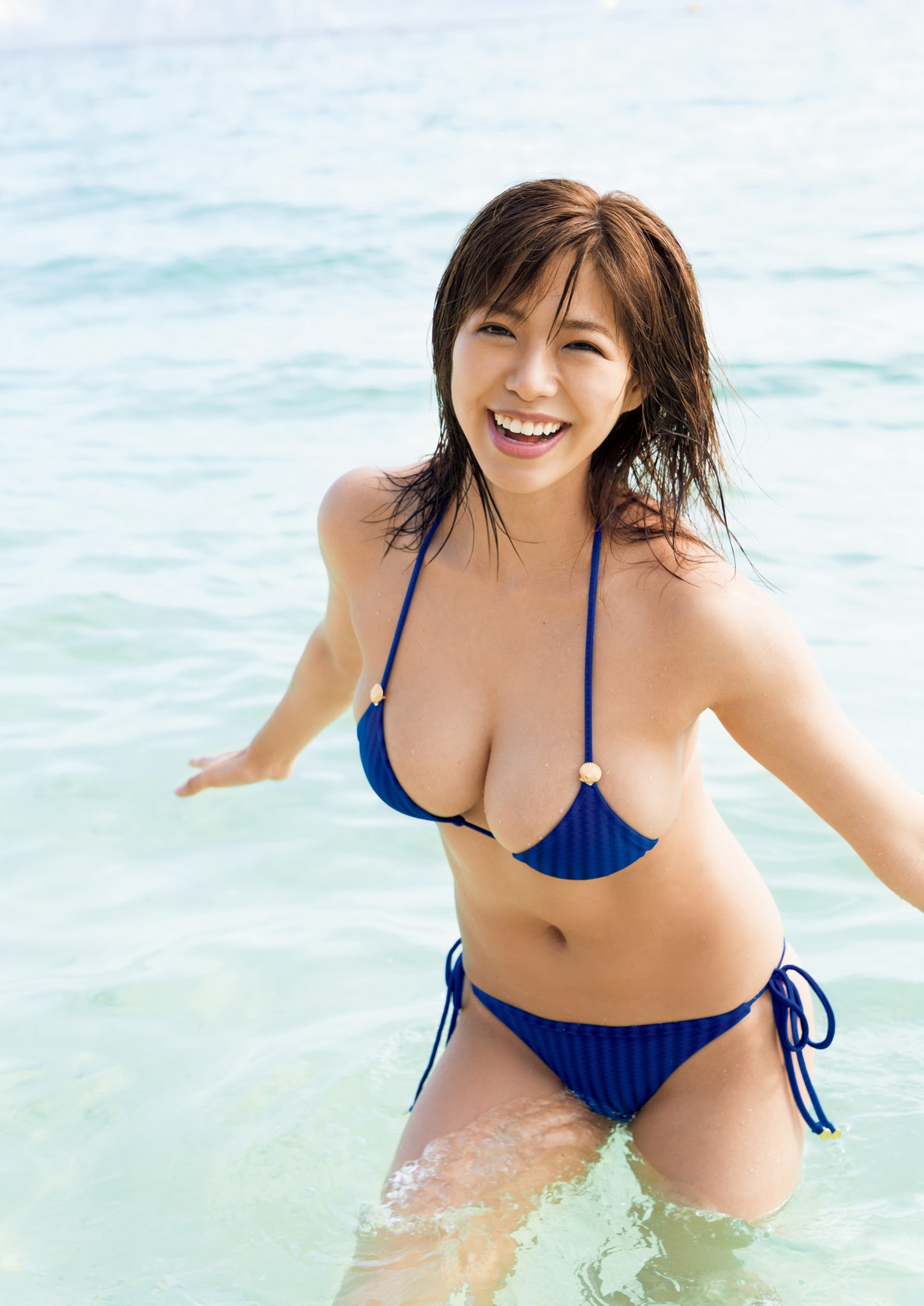 Super body of H cup Minami Wachi 2020 that exposes body and mind in tropical Thailand017