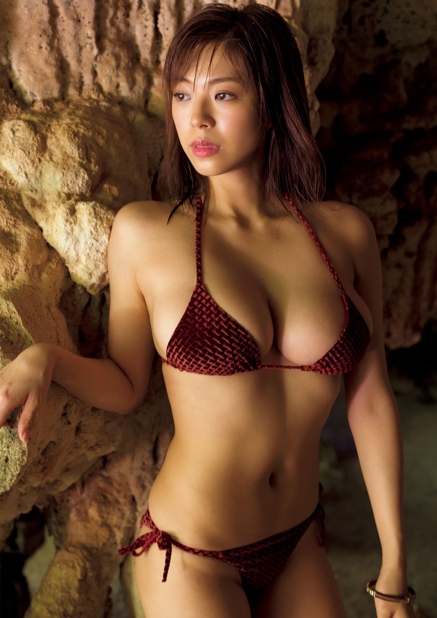 Super body of H cup Minami Wachi 2020 that exposes body and mind in tropical Thailand028