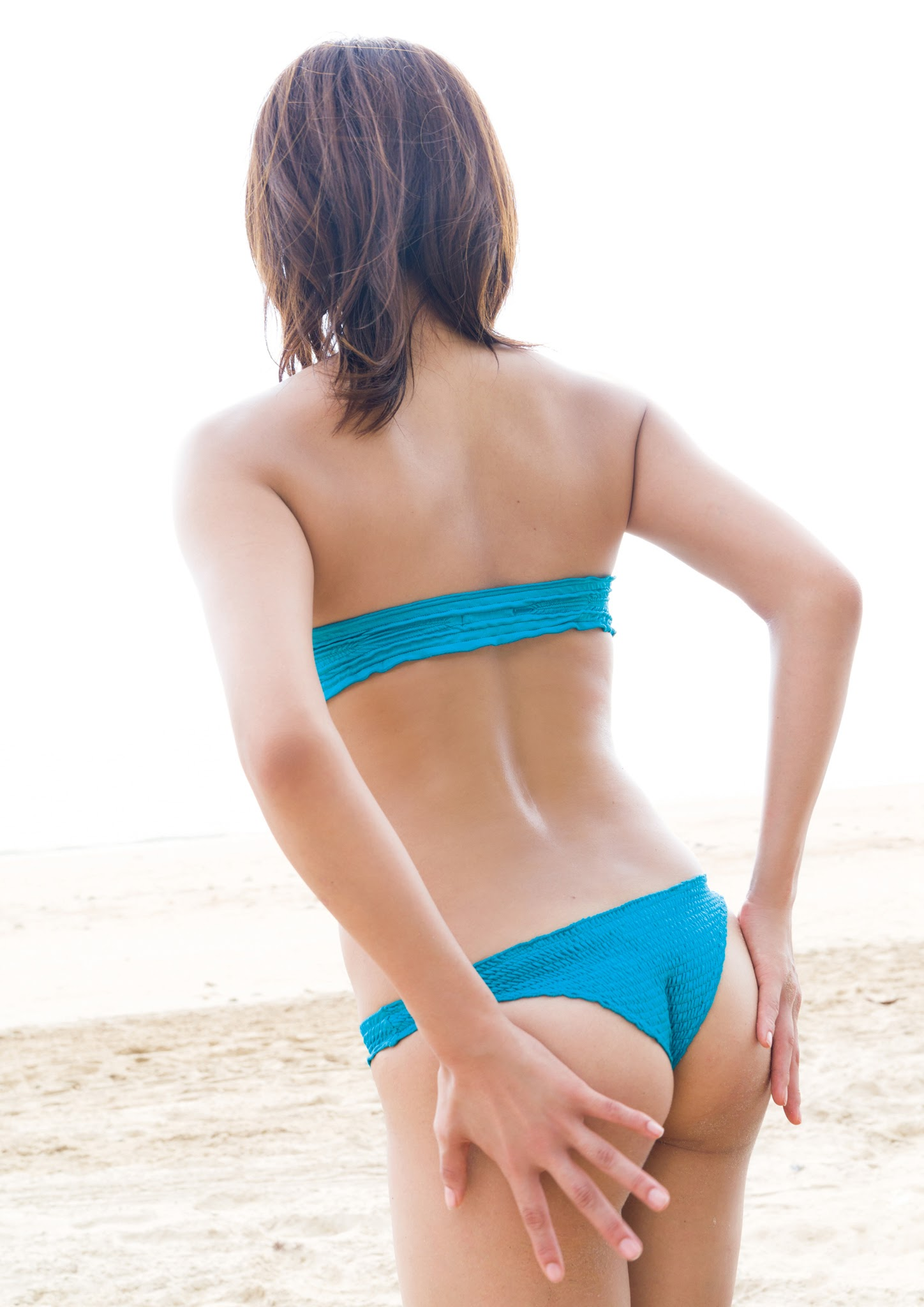 Super body of H cup Minami Wachi 2020 that exposes body and mind in tropical Thailand047