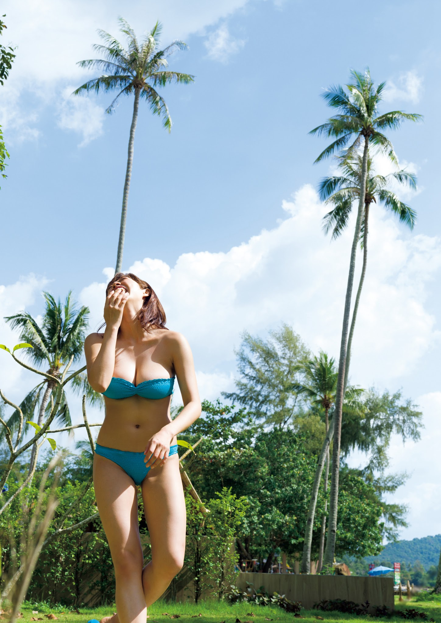 Super body of H cup Minami Wachi 2020 that exposes body and mind in tropical Thailand049