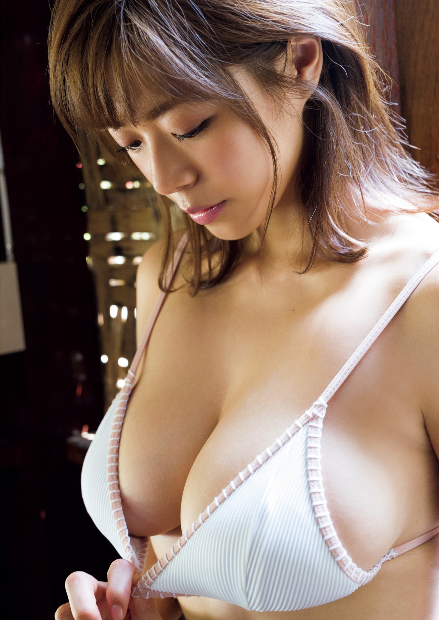 Super body of H cup Minami Wachi 2020 that exposes body and mind in tropical Thailand052