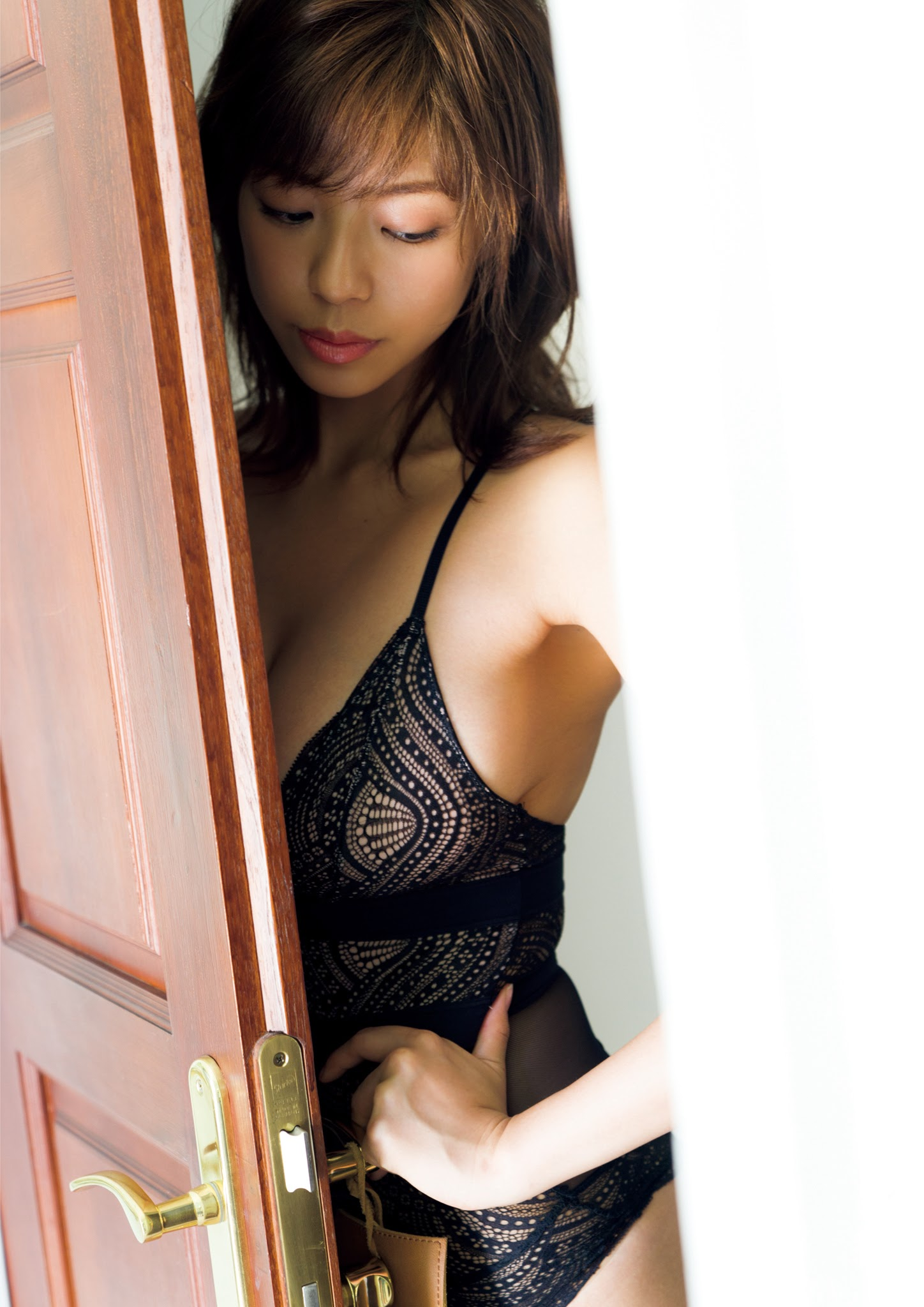 Super body of H cup Minami Wachi 2020 that exposes body and mind in tropical Thailand060