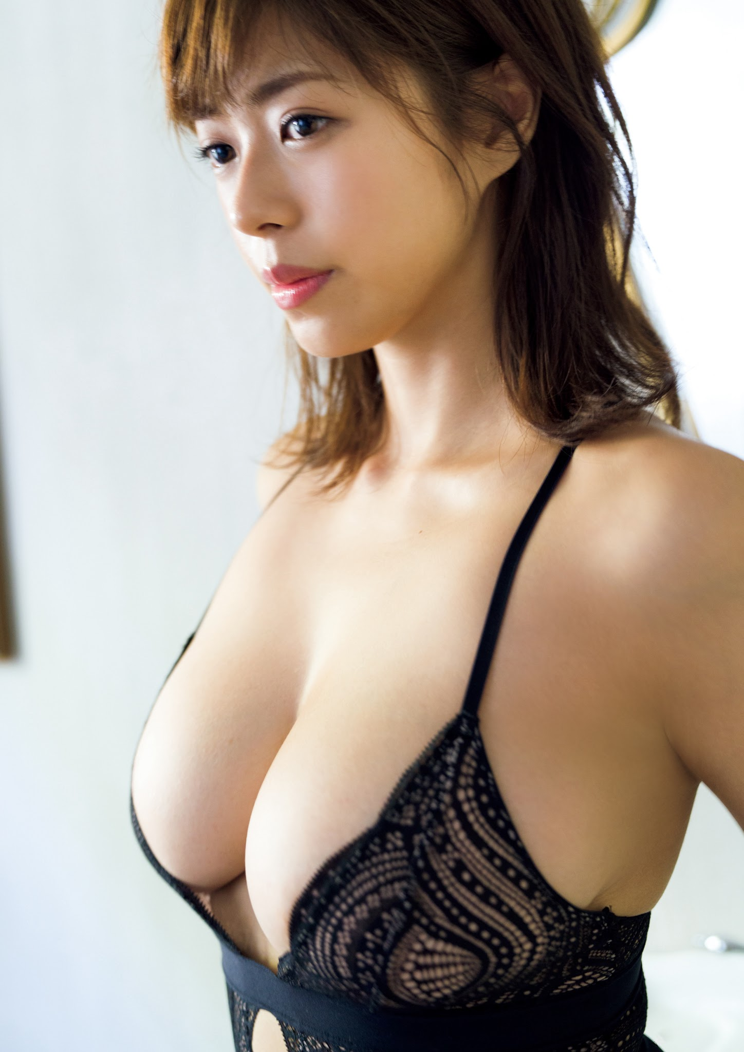 Super body of H cup Minami Wachi 2020 that exposes body and mind in tropical Thailand063