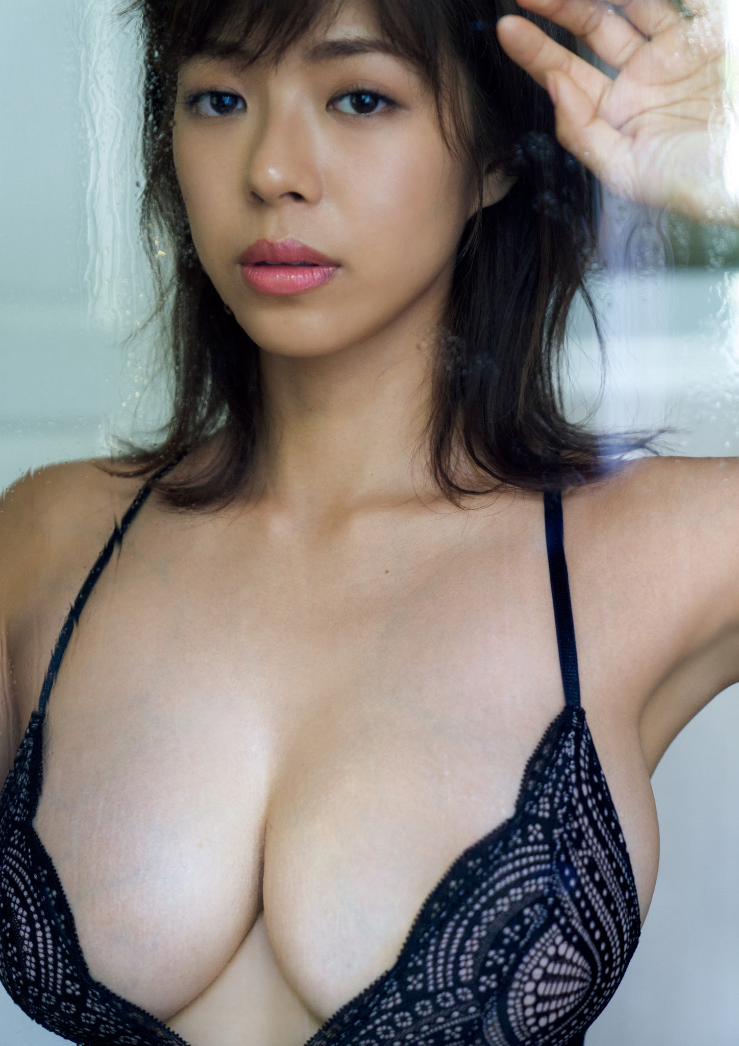 Super body of H cup Minami Wachi 2020 that exposes body and mind in tropical Thailand065