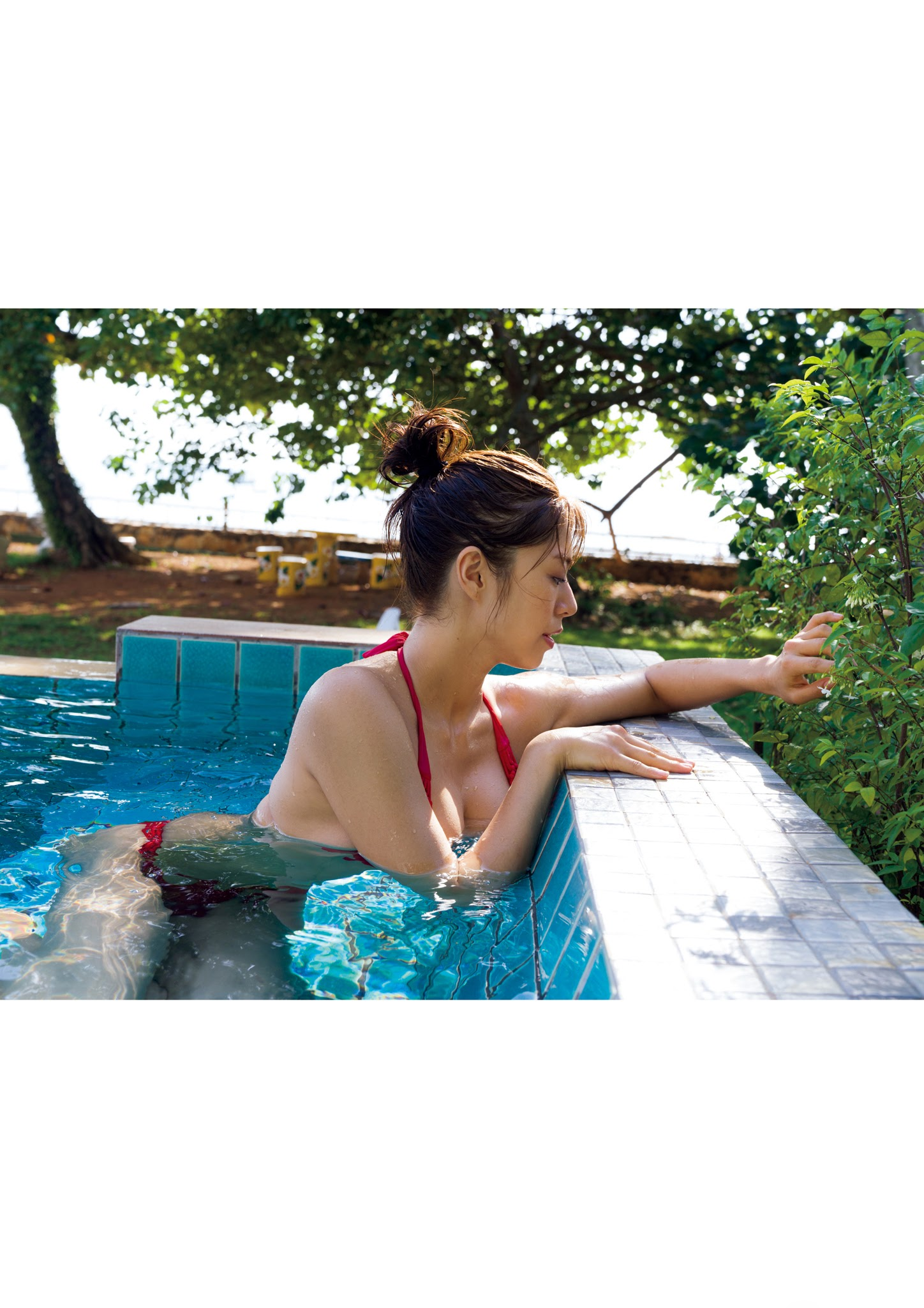 Super body of H cup Minami Wachi 2020 that exposes body and mind in tropical Thailand083