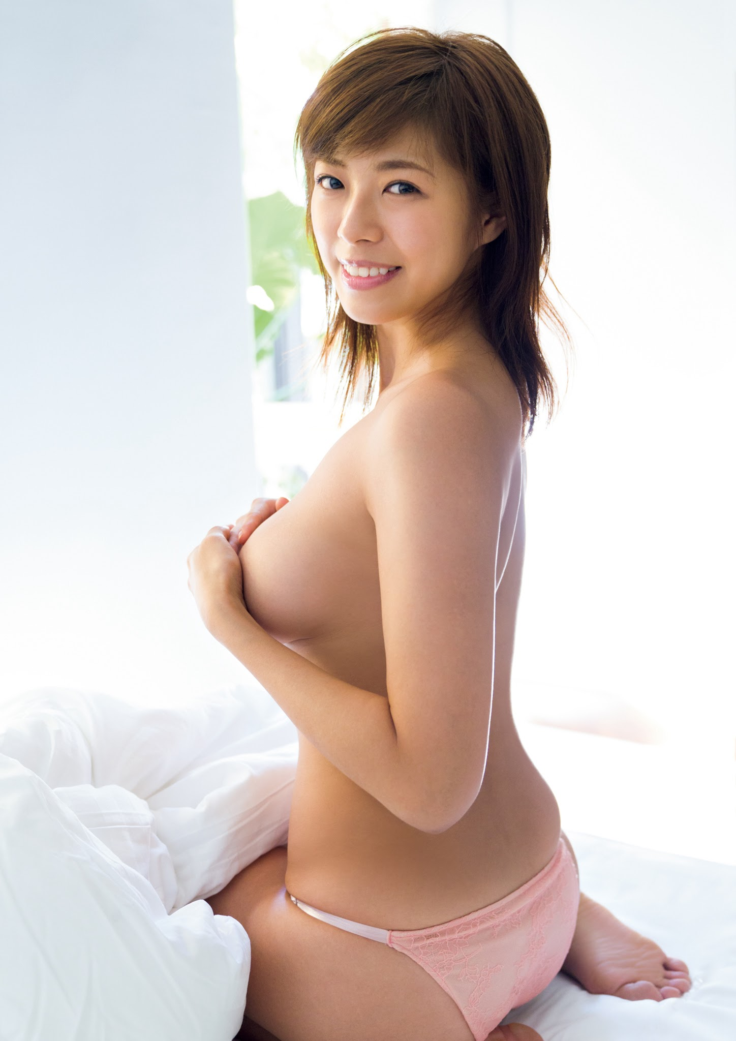 Super body of H cup Minami Wachi 2020 that exposes body and mind in tropical Thailand107