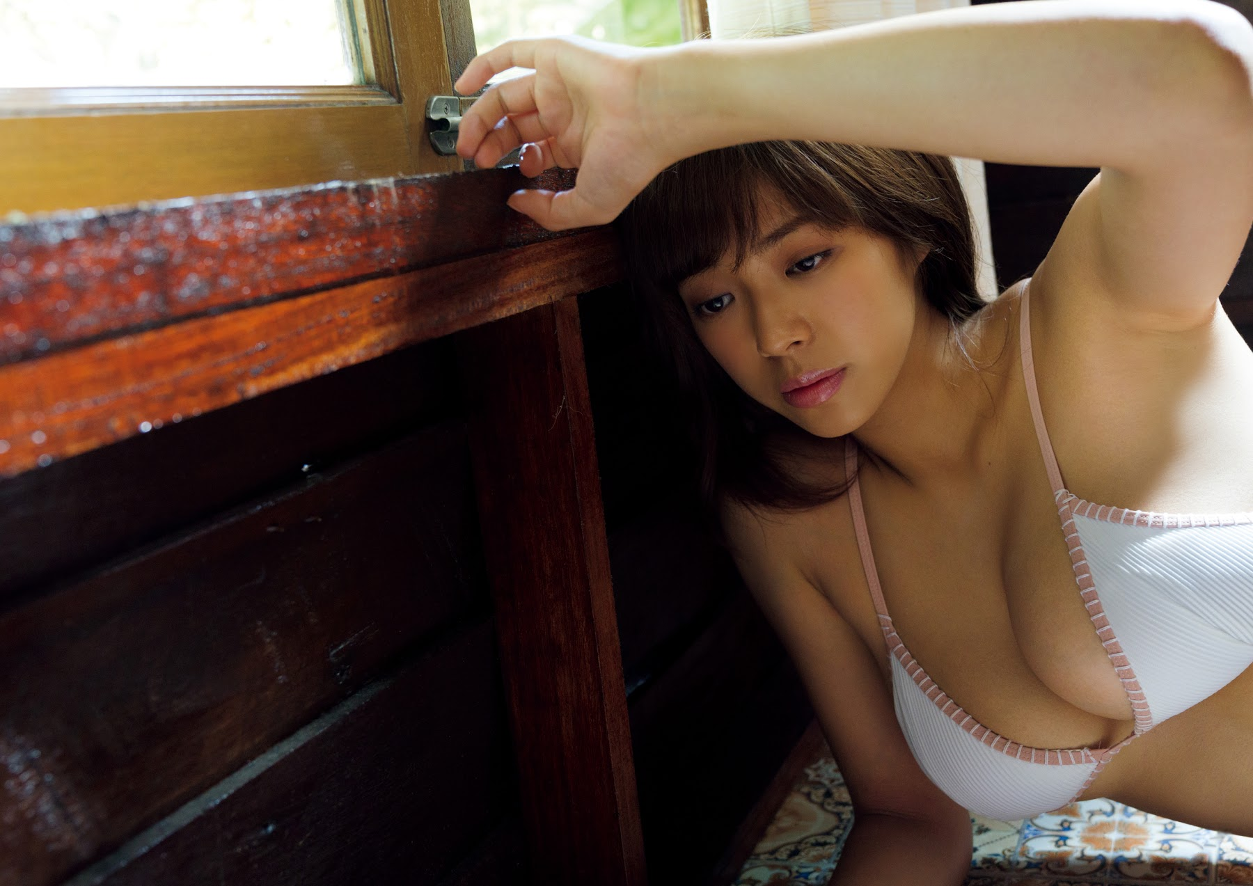 Super body of H cup Minami Wachi 2020 that exposes body and mind in tropical Thailand118